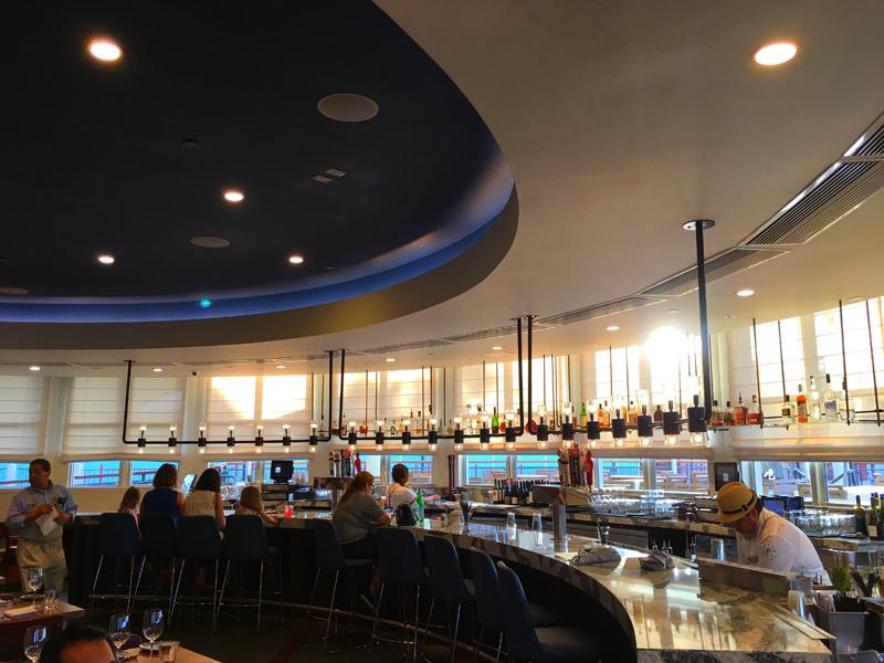 Paddlefish Bar